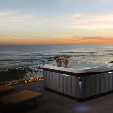 Caldera-Utopia-Tahitian-2016-ArticWhite-Slate-Lifestyle-Sunset-01